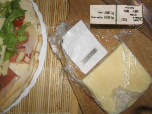 1,22 euro di formaggio con l'antitaccheggio